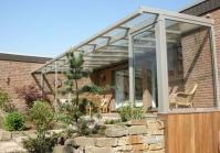 Terrassenüberdachung mit Dachüberstand in Brüggen